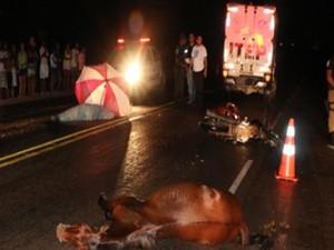 Acidente aconteceu na noite deste sábado (15), em Mossoró (Foto: Marcelino Neto/O Câmera)