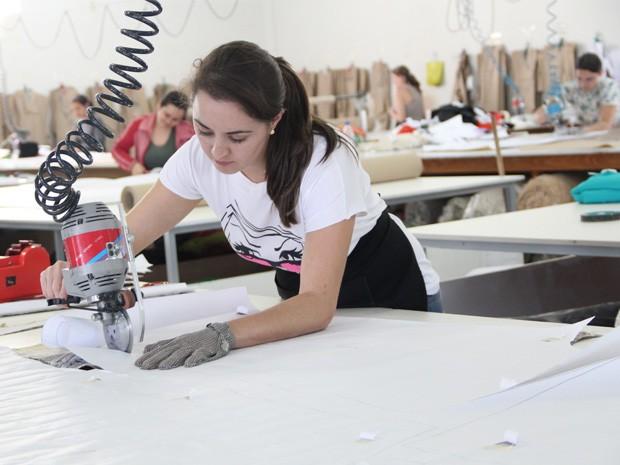 cc8bc28fce Cada uma das confecções gera entre 60 e 120 empregos diretos na cidade.  (Foto