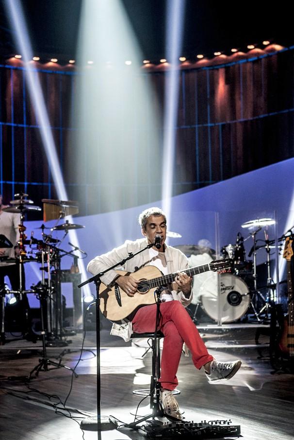 Roberto Menescal divide o palco do Som Brasil com Andrea Amorim, Daíra Saboia, BeBossa e Cris Delanno (Foto: Matheus Cabral/Globo)