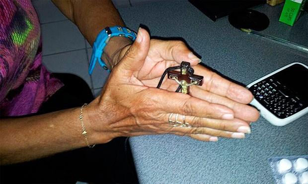 Idosa de 60 anos foi amarrada pela própria filha antes de ser violentada (Foto: Sérgio Costa/PortalBO)