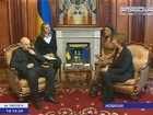 Diplomatas europeus trabalham para tentar resolver crise na Ucrânia