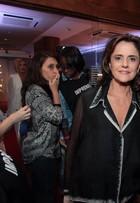 Marieta Severo e mais famosos vão ao lançamento de 'Verdades Secretas'