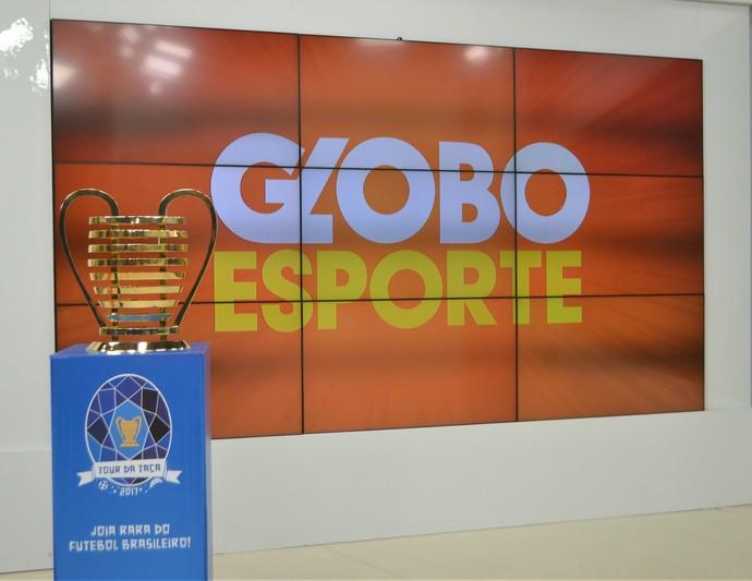 Tour da Taça da Copa do Nordeste em Natal - estúdio do Globo Esporte RN (Foto: Jocaff Souza/GloboEsporte.com)