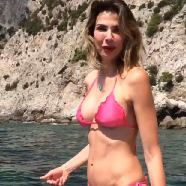 Luciana Gimenez em Capri, na Itália (Foto: Instagram/ Reprodução)