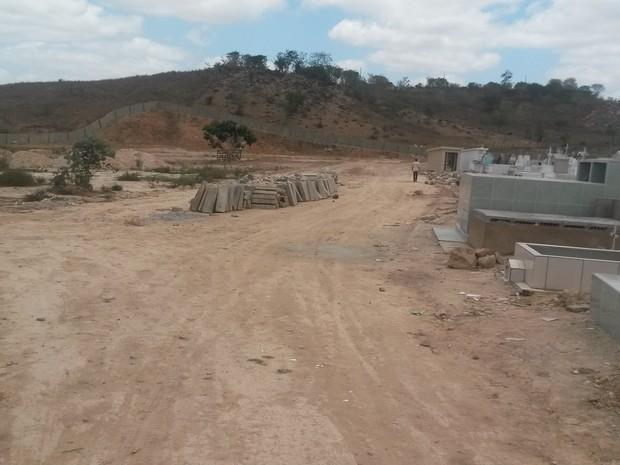 Cemitério de Tupanatinga (Foto: Divulgação/ Prefeitura de Tupanatinga)