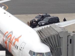 Ex-diretor embarcou em um voo comercial para o Rio de Janeiro (Foto: Andressa Almeida / RPC)