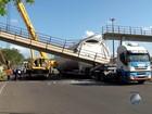 Sem passarela, moradores reclamam de riscos para atravessar BR-101