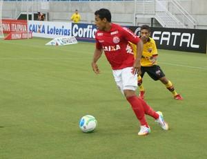 Tiago Dutra - América-RN x Atlético-GO, na Arena das Dunas (Foto: Augusto Gomes)