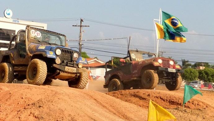 Jipes 'invadiram' sambódromo de Macapá para a 6° edição do Fest Jeep (Foto: Andreza Sanches/Arquivo pessoal)