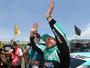 Barrichello voa no fim, faz terceira pole no ano e larga na frente em Goiânia