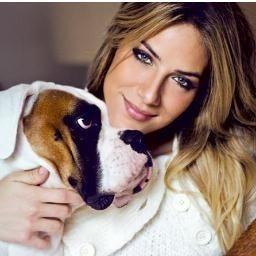 """Giovanna com Johny, seu boxer que estrá no quadro """"Cachorrada VIP"""" (Foto: Arquivo pessoal)"""