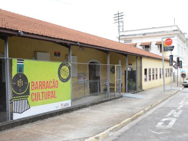 Barracão Cultural fica ao lado da antiga Estação Ferroviária de Sorocaba (Foto: Emerson Ferraz)