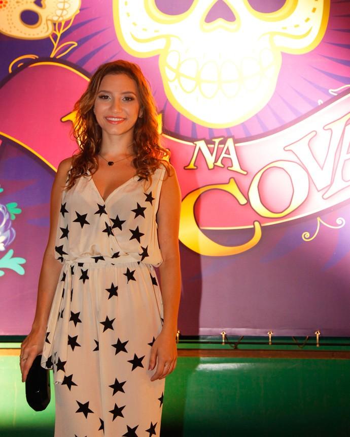 Lorena Comparato revela que fez aulas de poledance para interpretar Abigail na nova temporada (Foto: Artur Meninea/Gshow)