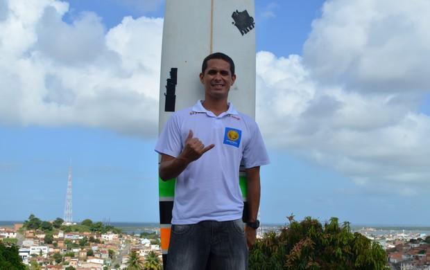 Robson Fraga disputará elite do longboard (Foto: Thiago Barbosa/GLOBOESPORTE.COM)
