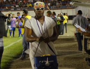 Amadense tem amssagista pai-de-santo (Foto: Felipe Martins/GLOBOESPORTE.COM)