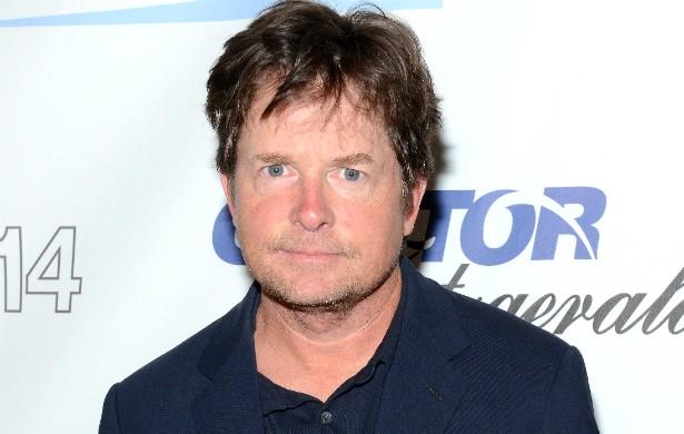 Michael J. Fox quase morreu em pleno set de 'De Volta para o Futuro Parte III' (1990). Por muito pouco, o eterno Marty McFly não acabou morto de verdade numa cena de enforcamento. Ele, porém, chegou a desmaiar antes que alguém notasse que havia algo errado. (Foto: Getty Images)