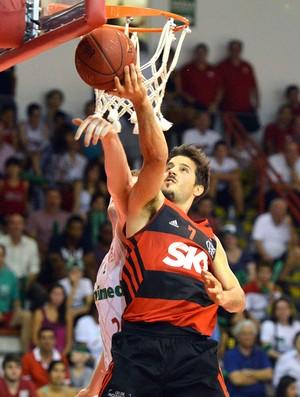 Laprovittola, Paulistano X Flamengo - NBB (Foto: João Pires / LNB)