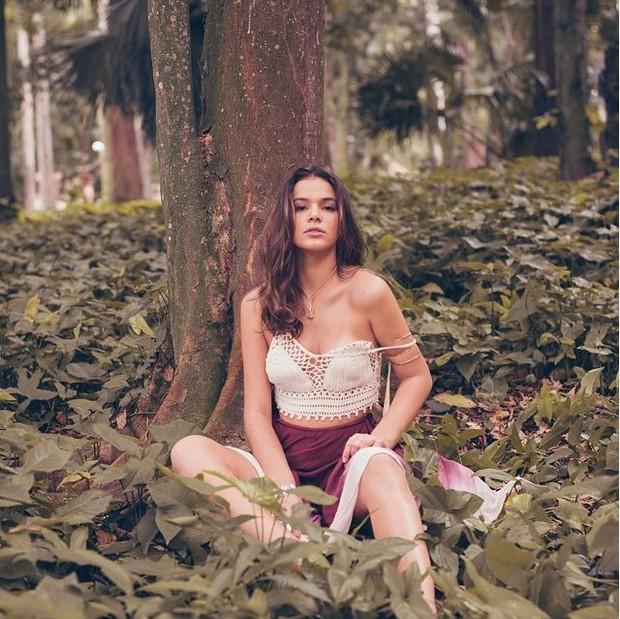 Bruna Marquezine (Foto: Reprodução / Instagram / Eduardo Bravin)