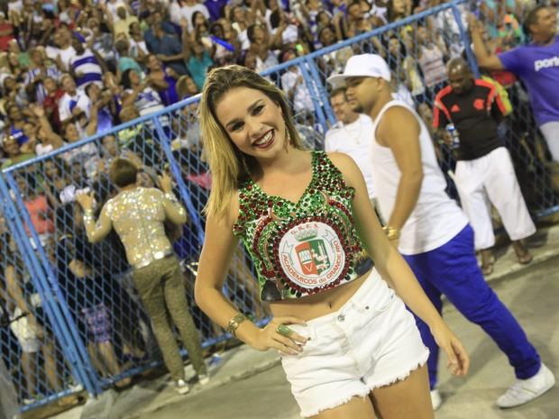 Laryssa Ayres em ensaio da Grande Rio na Marquês de Sapucaí, no Centro do Rio (Foto: Isac Luz/ EGO)
