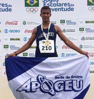 João Vitor Macedo (Foto: Divulgação / Colégio Apogeu)
