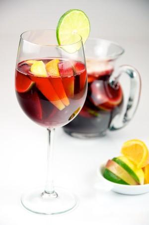 Sangria - 5 receitas de drinks com vinho (Foto: Divulgação)