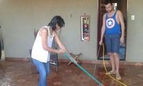 Cozinheira dá à luz em pé em casa com ajuda de cabeleireiro em MS (Osvaldo Nóbrega/ TV Morena)