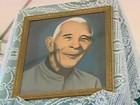 Missa marca retorno de restos mortais de padre a Leandro Ferreira