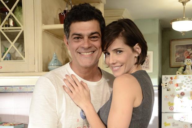 Léo e Giovana desistem de separação  (Foto: Divulgação / Rede Globo)