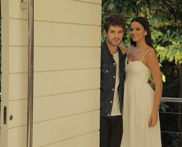 Maurício Destri e Bruna Marquezine chegam à casa do Mais Você (Foto: Fabiano Battaglin/Gshow)