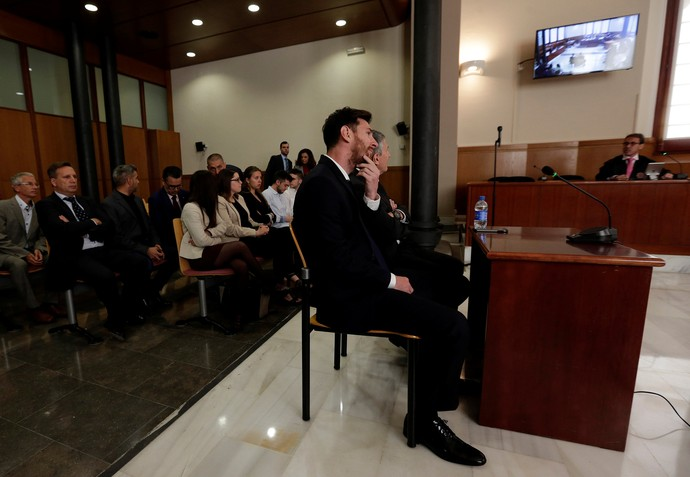 Lionel Messi Tribunal (Foto: Reuters)