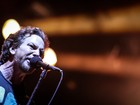 Pearl Jam pede 'ambiente familiar' e 180 toalhas brancas em Brasília