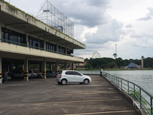 Anexo do Iate Tênis Clube será demolido, segundo a Prefeitura de Belo Horizonte (Foto: Thais Pimentel/G1)