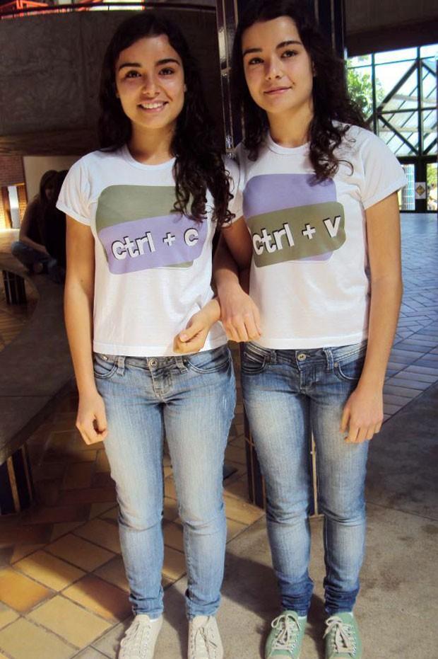 As gêmeas Marina (à esq.) e Cecília Resende Santos; Marina foi primeiro lugar em direito e Cecília, em arquitetura (Foto: Arquivo pessoal/Marina e Cecília Resende Santos)
