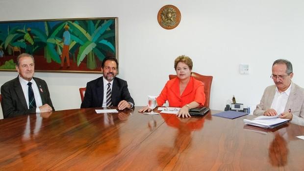 Dilma Rousseff e Aldo Rebelo (Foto: Roberto Stuckert Filho / PR)