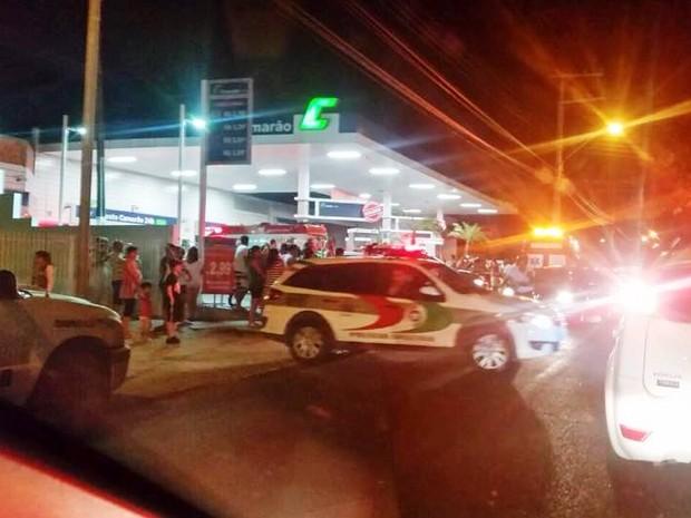 Homem foi morto em posto de combustível em Florianópolis  (Foto: PM/Divulgação)