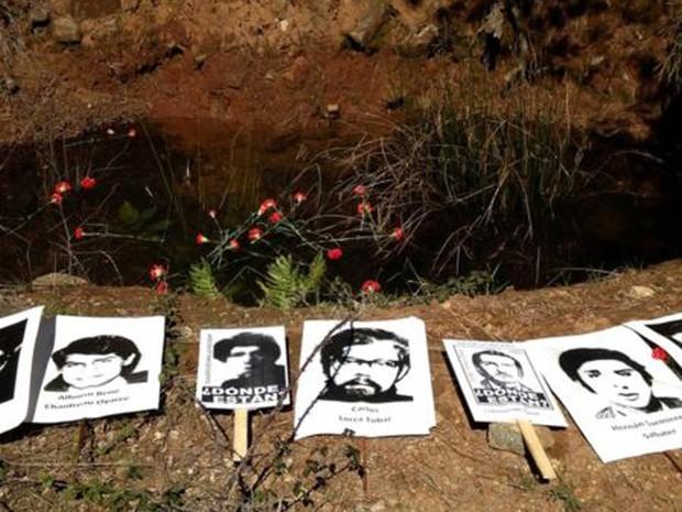 Corpos foram encontrados em fossa na Colônia Dignidade (Foto: Asoc. por la Memoria y los DD.HH. Colonia Dignidad)