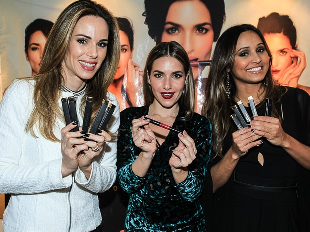 Ana Furtado, Monique Alfradique, Thaíssa Carvalho em evento na Zona Oeste do Rio (Foto: Marcello Sá Barretto/ Ag. News)
