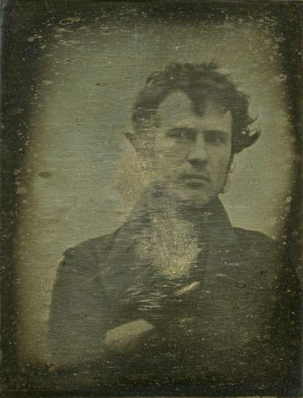 Robert Cornelius e seu selfie (Foto: reprodução)