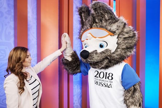 Zabivaka e a estudante de design Ekaterina Bocharov (Foto: Divulgação)