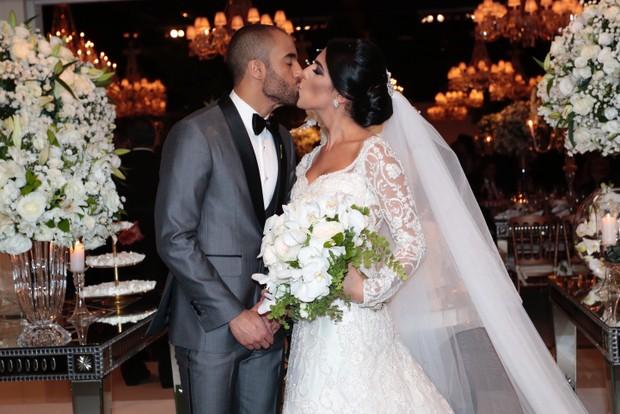 Lucas Moura e Larissa Saad (Foto: Rafael Cusato/EGO)