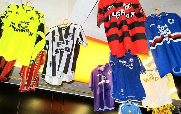 Exposição de futbeol em Kiev  (Foto: Victor Canedo / Globoesporte.com)