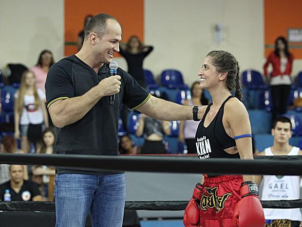Junior Cigano contracena com a atriz Maria Joana, a Nat de Malhação (Foto: Carol Caminha / TV Globo)
