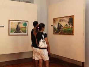 Exposição traz obras que retratam a ferrovia em Bauru  (Foto: Divulgação / Priscila Medeiros)