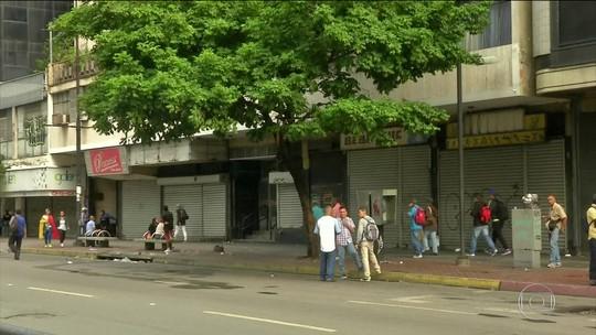 Greve convocada pela oposição paralisa parte da Venezuela