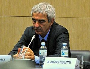 Raymond Domenech coletiva França (Foto: Reuters)