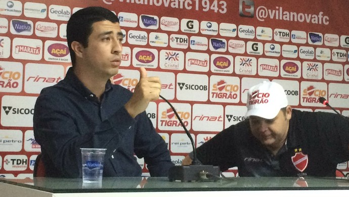 Felipe Albuquerque, diretor de futebol do Vila Nova (Foto: Guilherme Gonçalves/GloboEsporte.com)