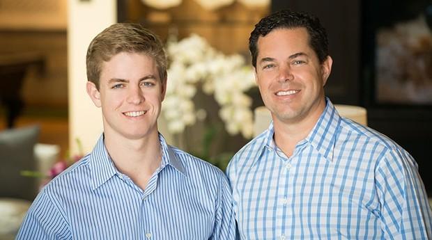 Jason Hughes com o pai, Tucker (Foto: Divulgação)