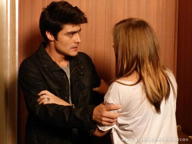 A Lia é brasileira e não desiste nunca, glr! A roqueira tá decidida a voltar com o Vitor! (Foto: Malhação / Tv Globo)
