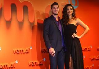 José Loreto e Débora Nascimento na festa Vem Aí (Foto: Iwi Onodera / EGO)