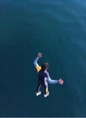 charles medina padrasto gabriel medina pula ponte frança surfe (Foto: Reprodução/Instagram)
